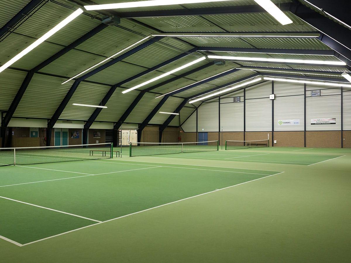 Tennishal - tennisbaan - De Tweesprong voor tennis & squash